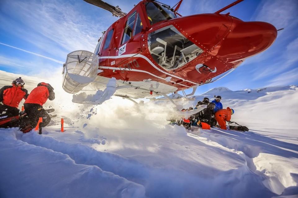 Heli skiing whistler